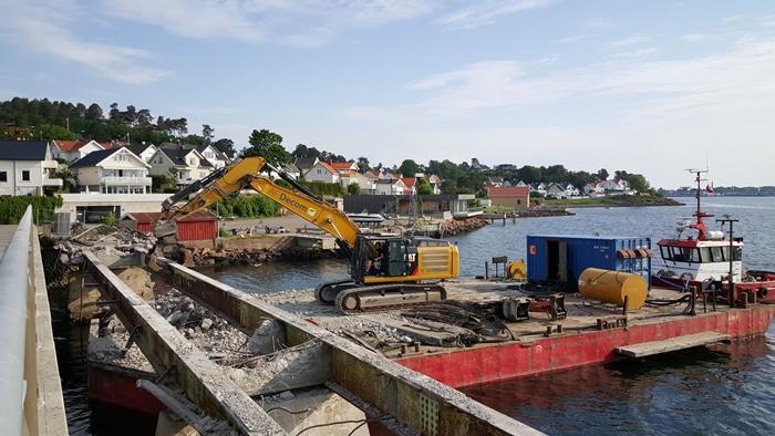 Riving av Jarlsø gamle bro